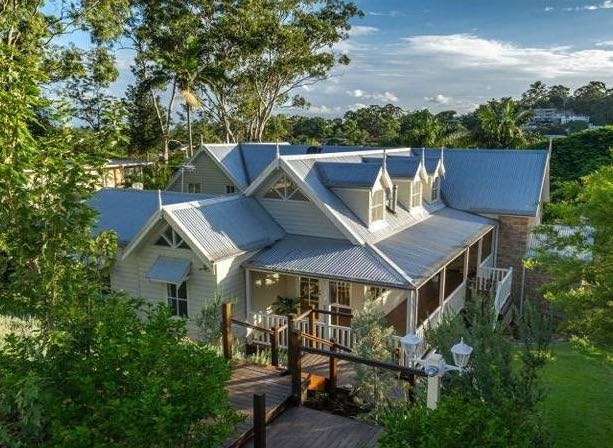 Luxury Home Indooroopilly
